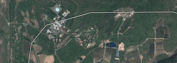 Constraining online maps The case of South Korea – View Street Map Google Earth